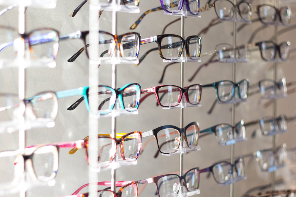 Chew's Optics products spectacles trendy glasses